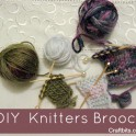Needle & Wool knitters Brooch