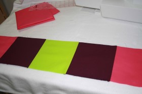 Sew_Squares_Together_to_Make_Strips