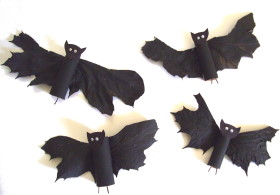 Halloween Bats Made From Leaves - Kids Crafts - craftbits.com