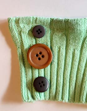 Sew 3 buttons