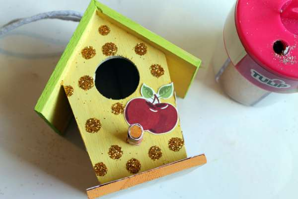 embellish-birdhouse