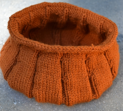 knit pumpkin bowl