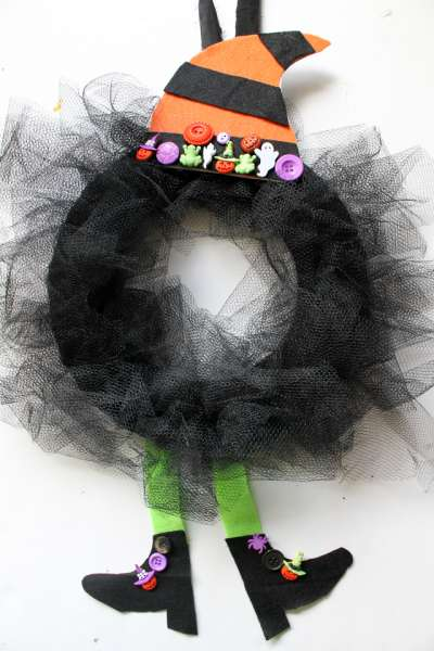 witch wreath diy (9)