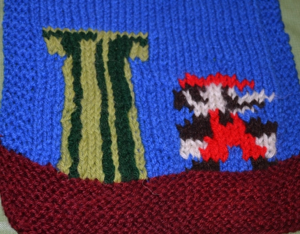 Mario and Princess Knit Scarf - Knitting Patterns - craftbits.com