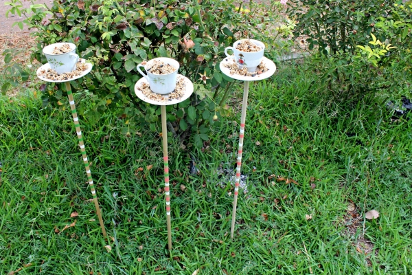""" \""teacup bird feeders (4)\"""""
