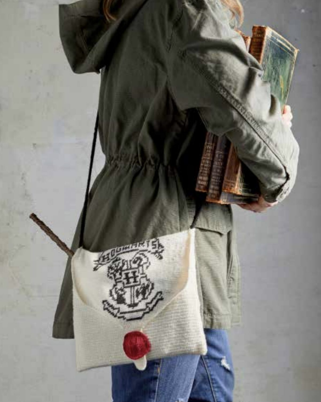 crochet hogwarts bag